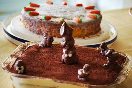 gardasee-ostern-tiramisu-geschmückt-karottenkuchen